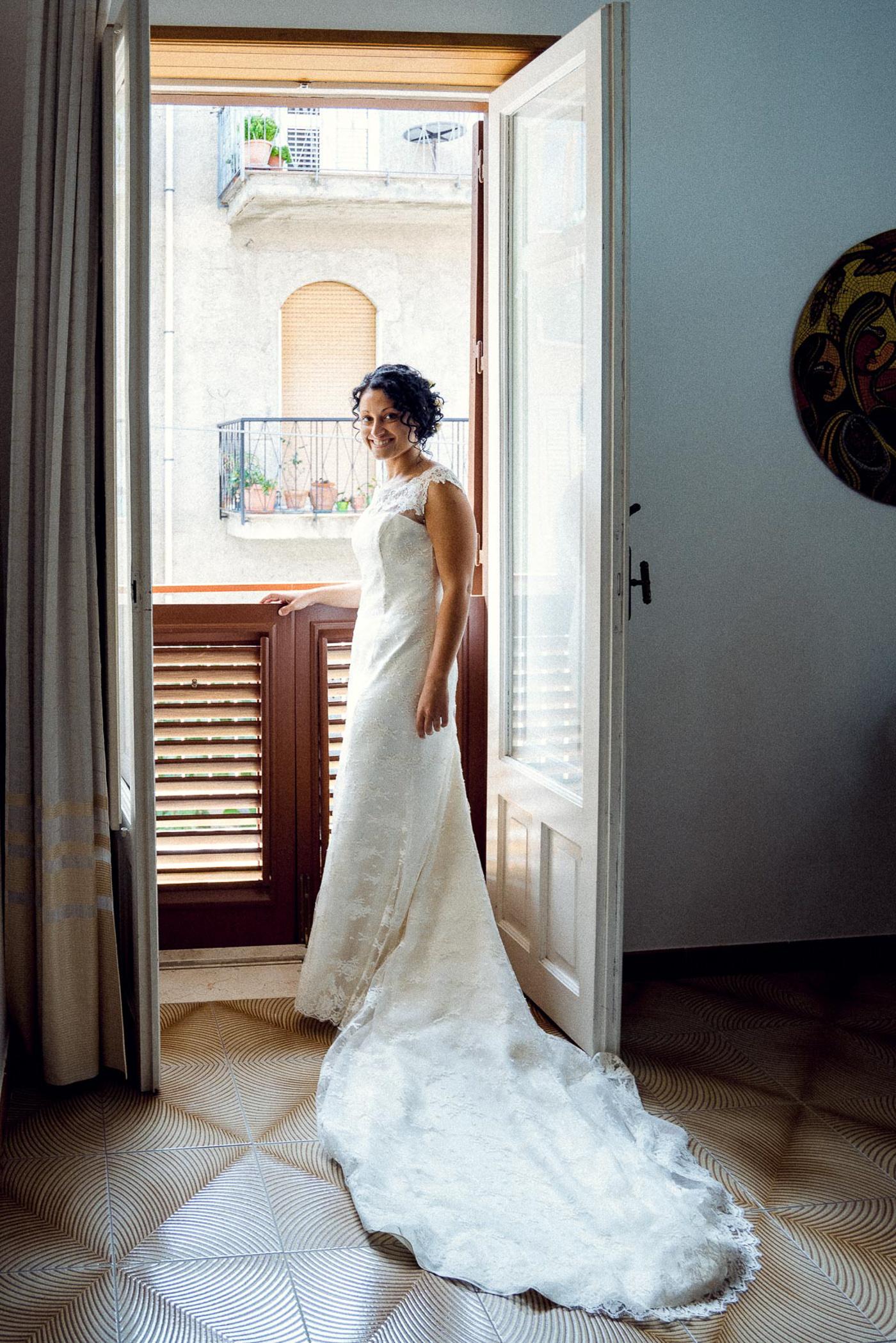 Hochzeitsreportage Sizilien Braut getting ready
