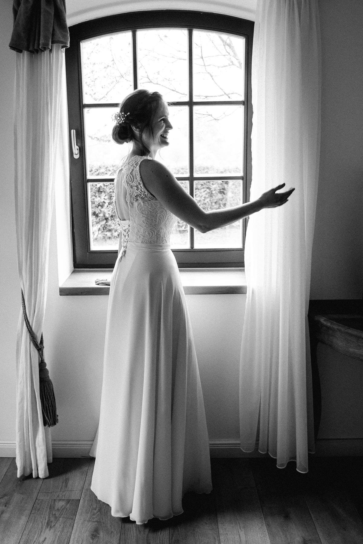 Hochzeitsreportage Braut Vorbereitung