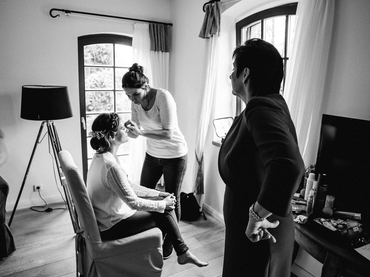 Hochzeitsreportage Braut getting ready